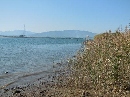 H27.10 木曽川より養老山系①.JPG
