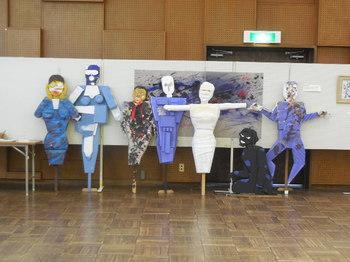H28.5中川区平和美術展①.JPG