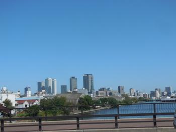 H29.9.21中川運河から名駅①.JPG
