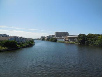 H29.9.21中川運河から名駅②.JPG