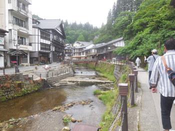 H30.6銀山荘1.JPG