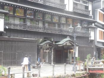 H30.6銀山荘2.JPG